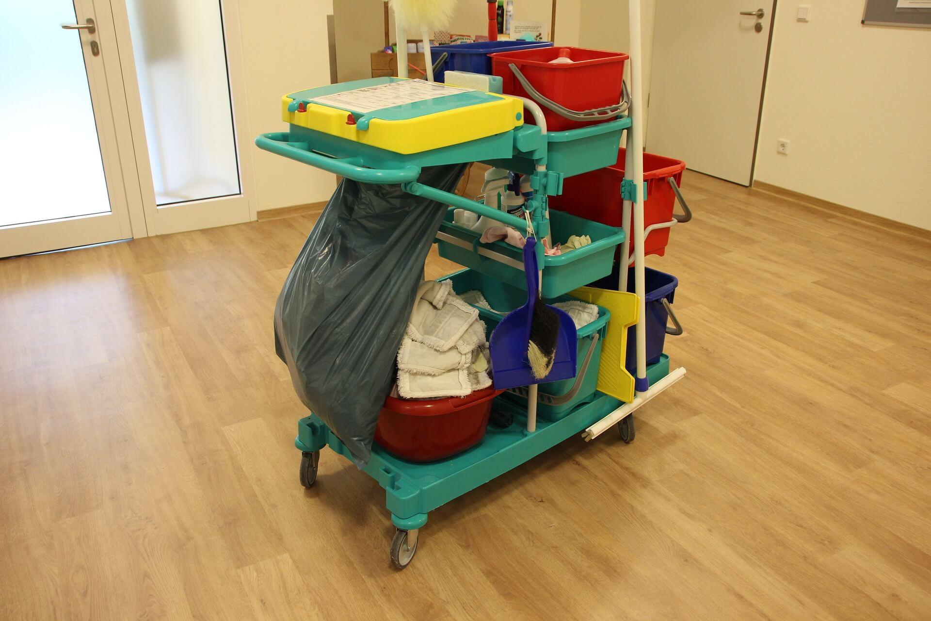 AAA čistenie - upratovací vozík